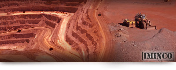 Pilbara iron ore mining operation. Rio Tinto mining job opportunities. Image of iron ore mine. iMINCO Mining Information
