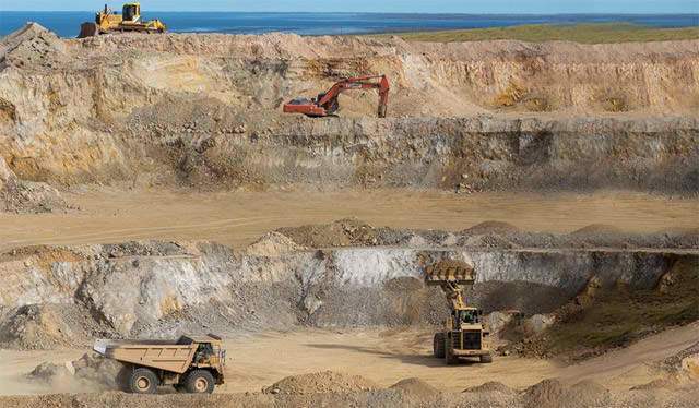 Experienced Quarry Operator Quarries Dundas - iMINCO
