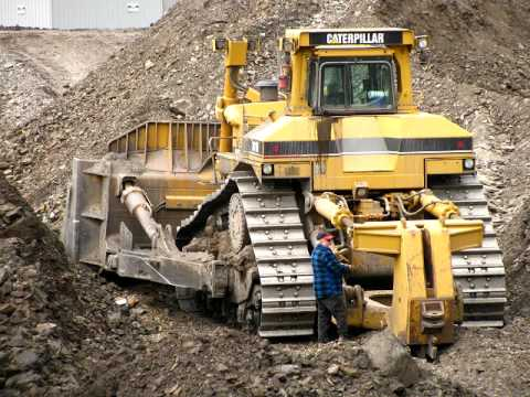 Dozer Operator Mine site Bowen Basin Coppabella QLD