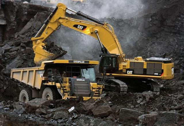 Excavator large Civil Mining Operator South Brisbane-iMINCO.net Mining Information