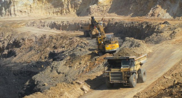 Coal Mining Production Operator Excavator Loader and Dozer QLD-iMINCO.net Mining Information