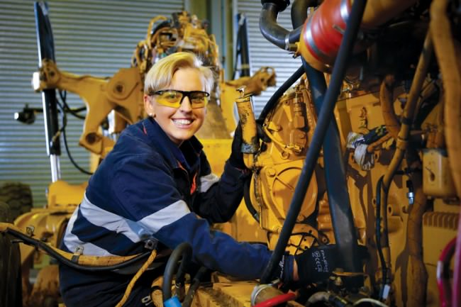 Diesel Fitter Heavy Mechanics Mining Maintenance Gladstone QLD-iMINCO.net Mining Information
