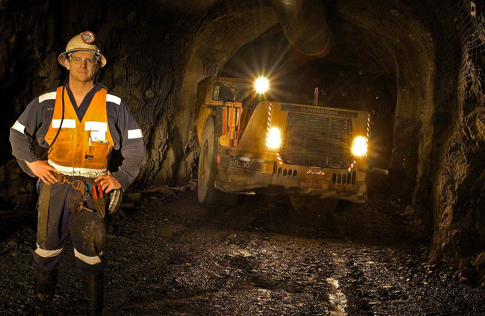 Underground Mining Job Operators Fitters Electricians QLD-iMINCO.net Mining Information