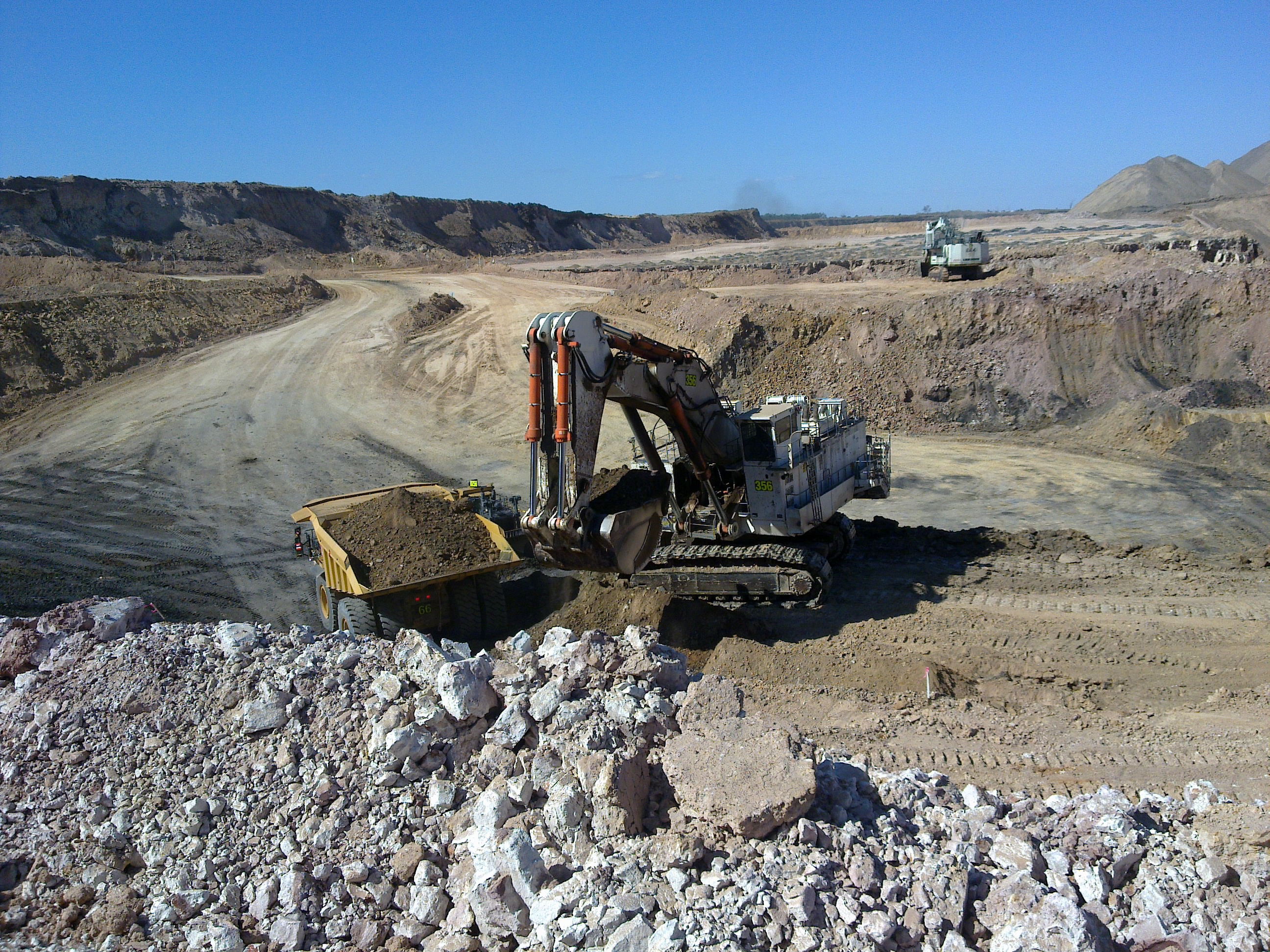 Pre-Strip Coal Mining Operator <strong>Bowen Basin</strong> QLD-iMINCO.net Mining Information