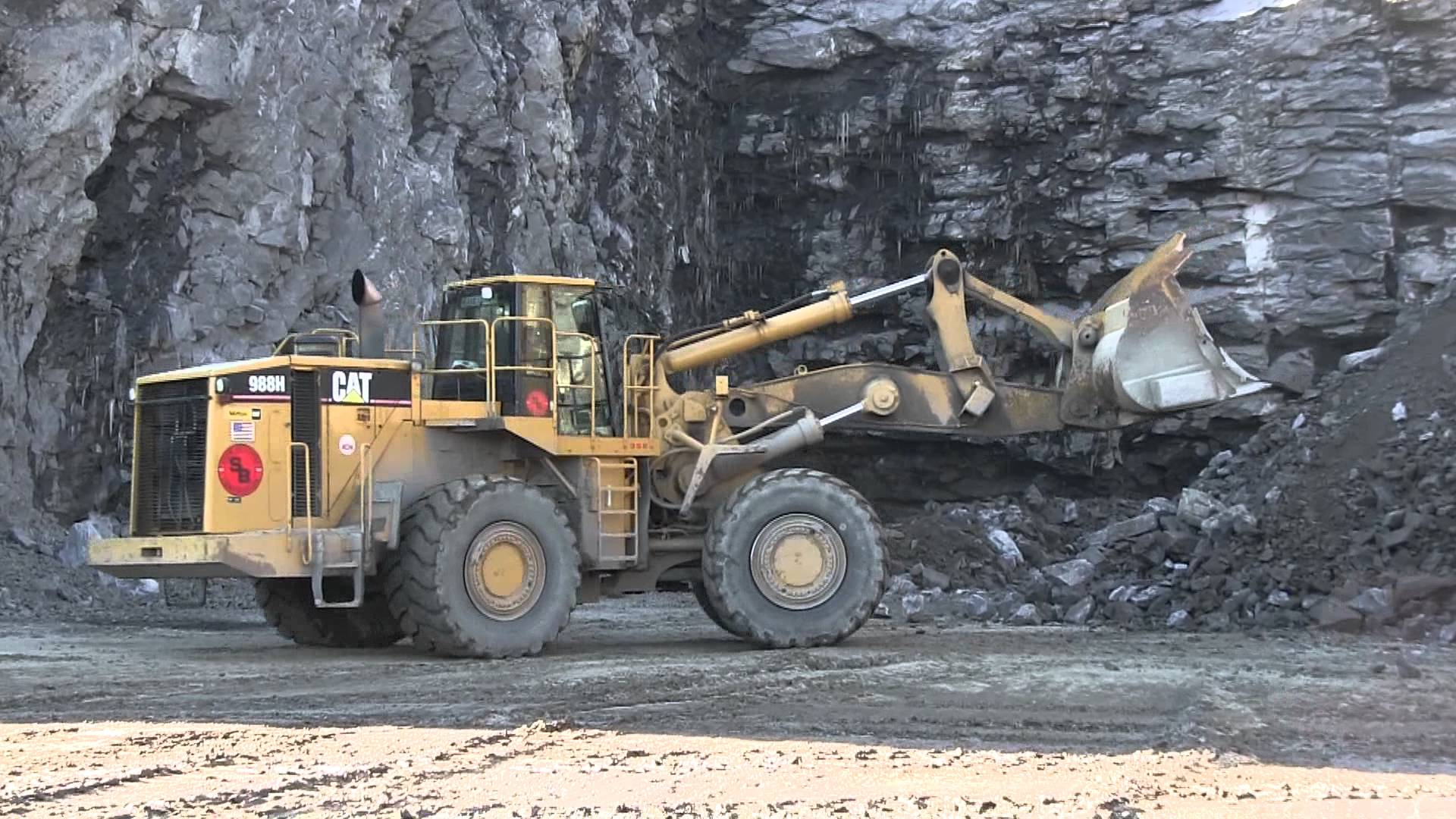 Mobile Plant Machine Operators Coal mining Bowen Basin
