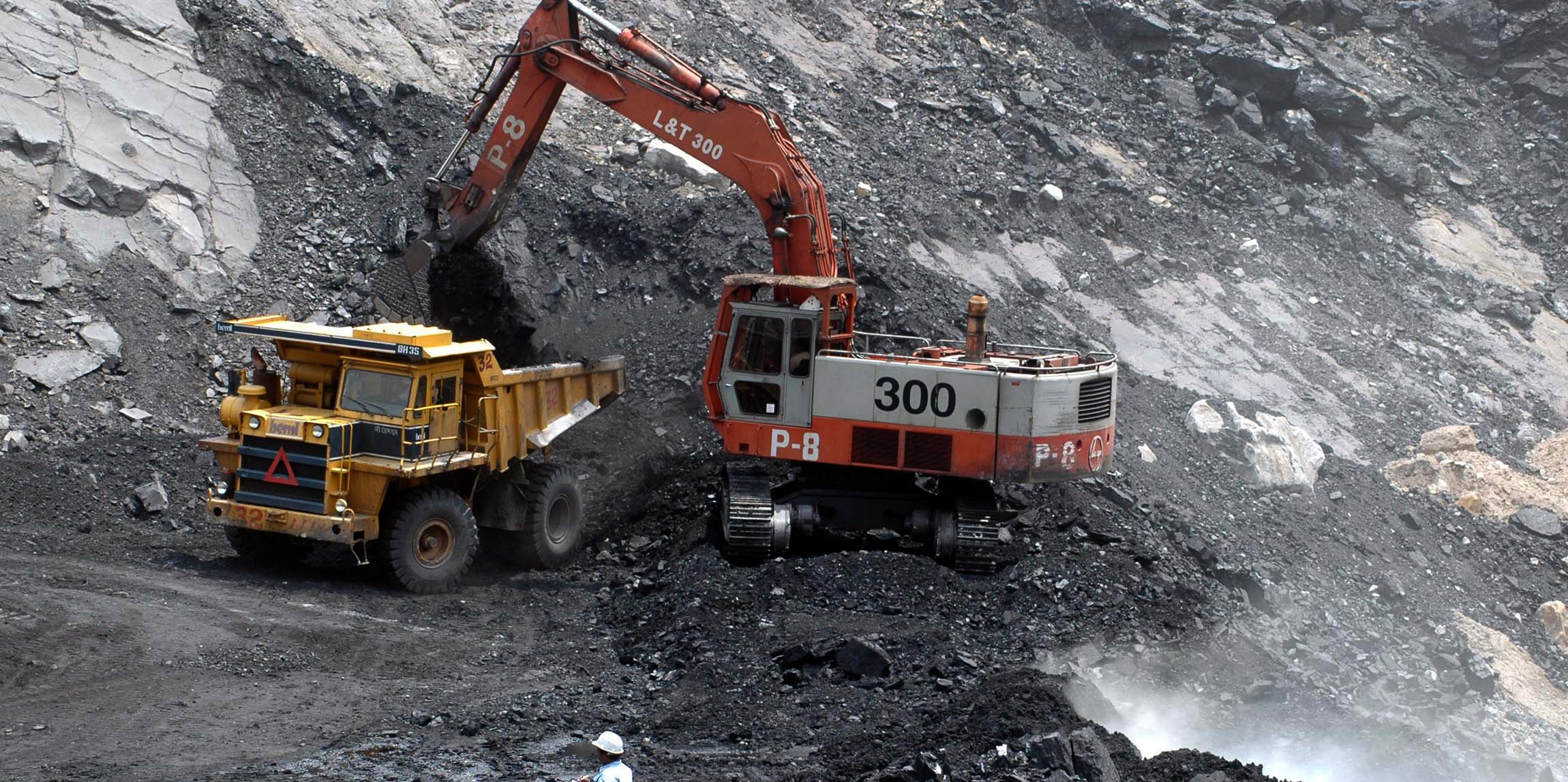 Open Cut Surface Coal Personnel Maintenance FIFO QLD-iMINCO.net Mining Information