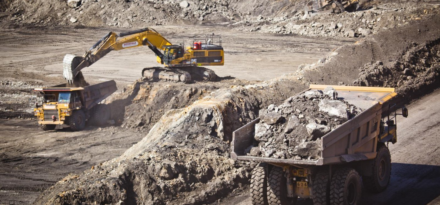 Mine Worker Coal Mining Job Dump Truck Operators Moranbah QLD-iMINCO.net Mining Information