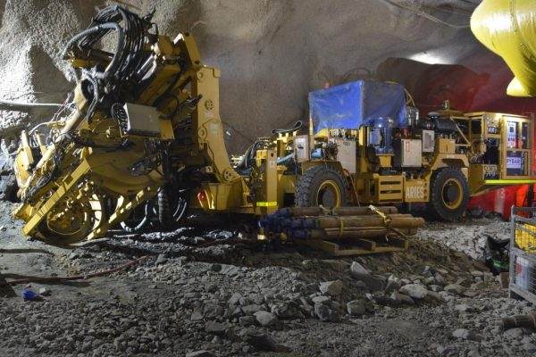 Underground Heavy Vehicle Fitter Blackrock Project FIFO QLD-iMINCO.net Mining Information
