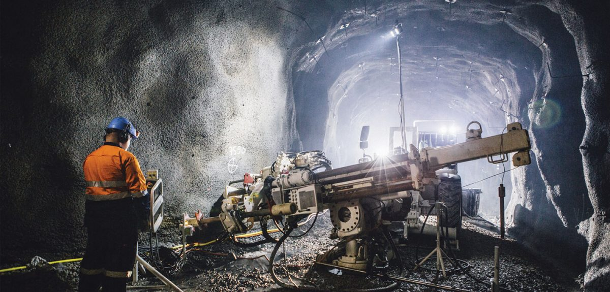 Underground Production Longhole Driller Lady Loretta Mine QLD-iMINCO.net Mining Information