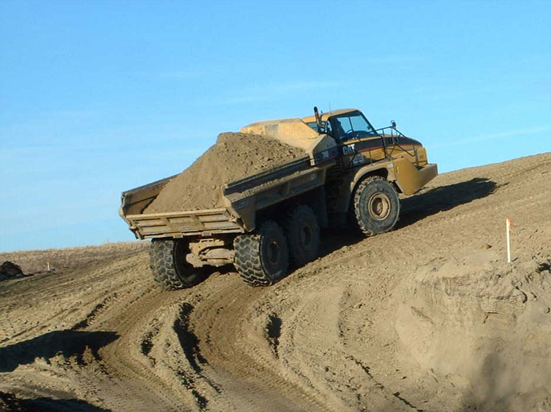 CAT740 Articulated Coal Mining Dump Truck Operators Newcastle